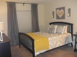 https://jmarieinteriordesign.wordpress.com/2014/11/24/apartment-makeover-bedrooms-baths/